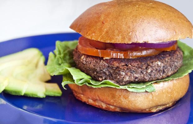 High Protein Low Carb Recipes: Black Bean Burger