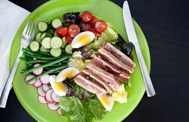 High Protein Low Carb Recipes: Tuna Nicoise Salad